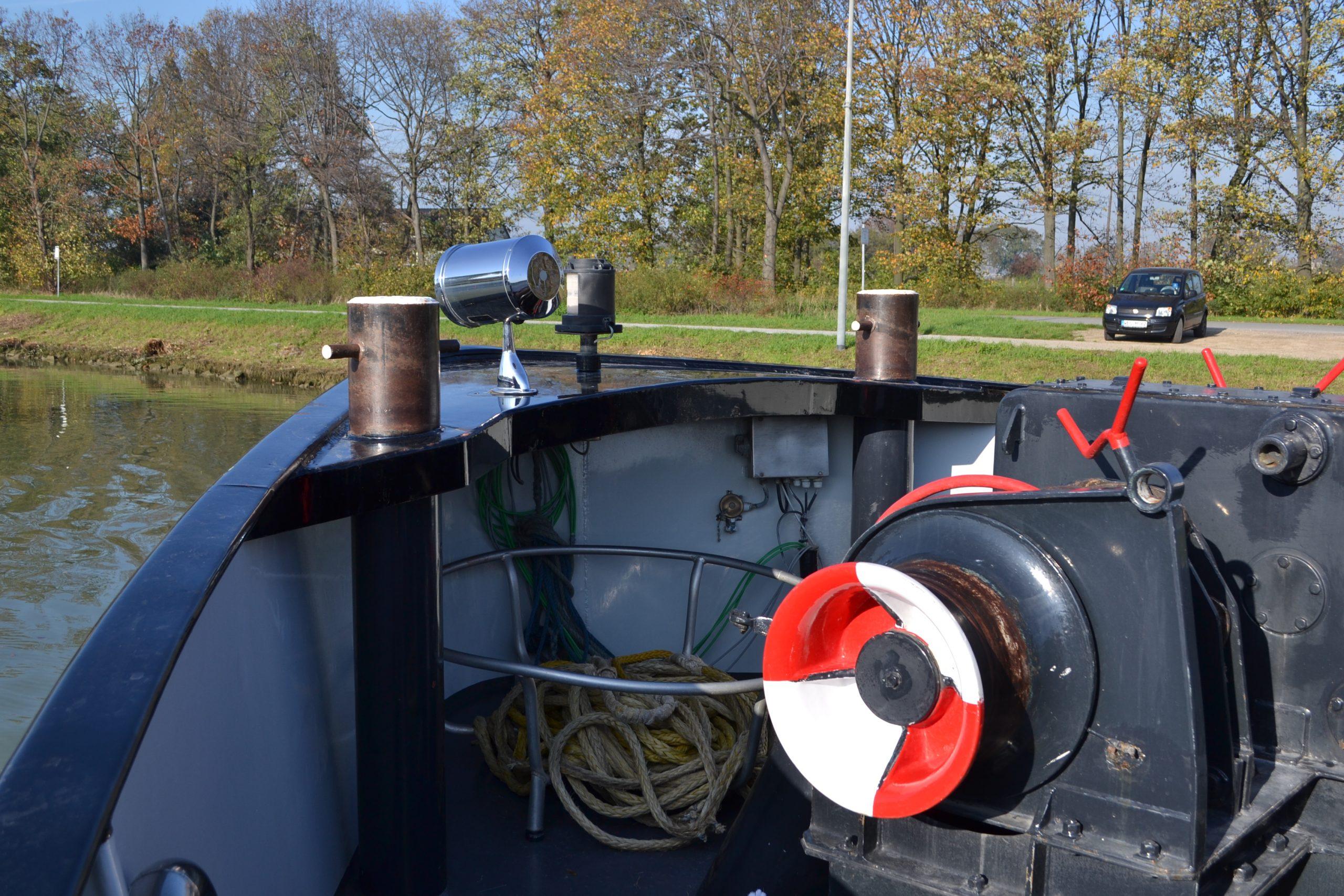 Der Bug des Schiffes. Hier müssen eine Stereokamera sowie ein Laserscanner für die Umgebungserkennung untergebracht werden. Keine leichte Aufgabe, da der Arbeitsraum begrenzt ist und für die Festmacher benötigt wird.